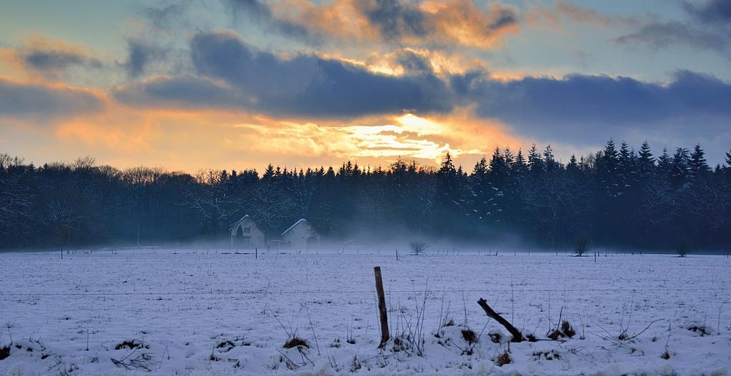 ciel de feu sur la neige NI1_6734